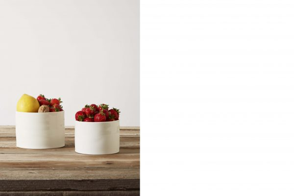 two porcelain vases with fruit on a wood table - handmade - Federica Ramacciotti