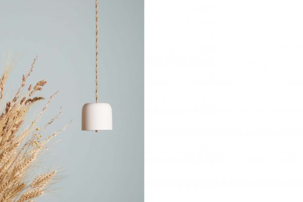 a white porcelain bell with dried flowers - handmade - Federica Ramacciotti