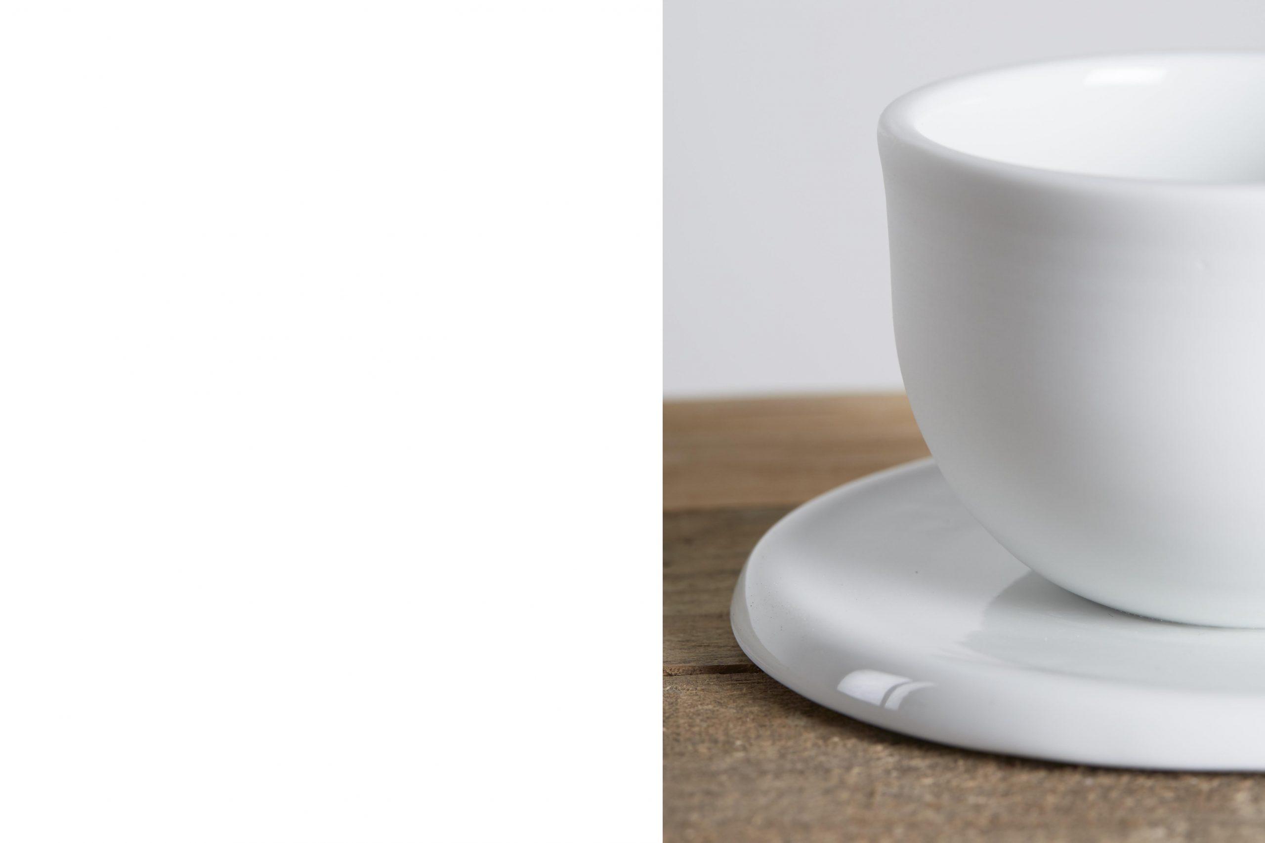 tazza e piattino in ceramica bianca - artigianale - Federica Ramacciotti